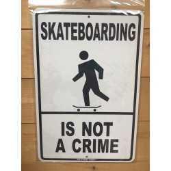 PLAQUES METAL SURFPISTOLS Not a Crime