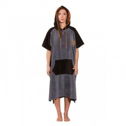 AFTER Essentials Ponchos High End